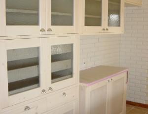 食器棚 無垢材 框組扉