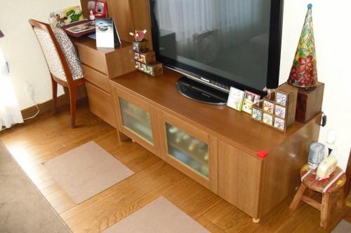 TVボード扉付